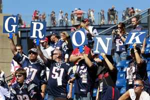 4) New England PatriotsHometown Crowd Rank: 10TV Audience Rank: 7Stadium Attendance Rank: 1Social Media Rank: 5Merchandise Rank: 4