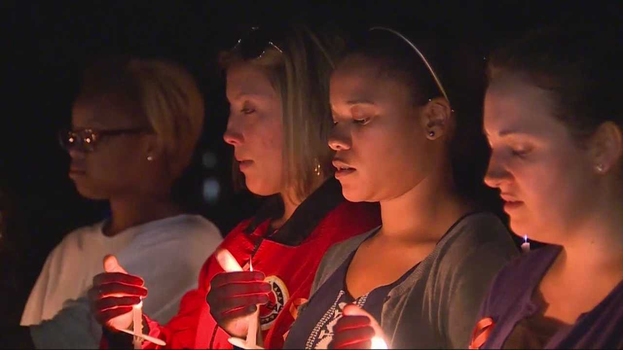 Hundreds turn out to remember woman killed in shooting