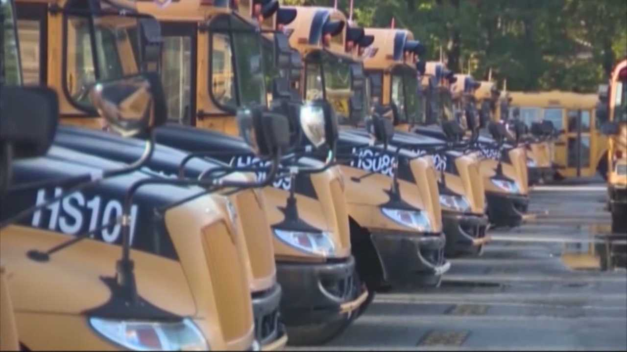 Mayor: Buses, MBTA on track for Boston first day of school