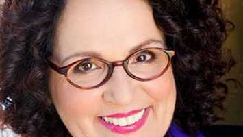 "Actress Carol Ann Susi's brash Brooklyn accent reverberated on the hit television series ""The Big Bang Theory."" She wasn't seen on camera as the mother of Simon Helberg's character, Howard, but her character's loud voice with a Brooklyn accent was instantly recognizable. (February 2, 1952 – November 11, 2014)"