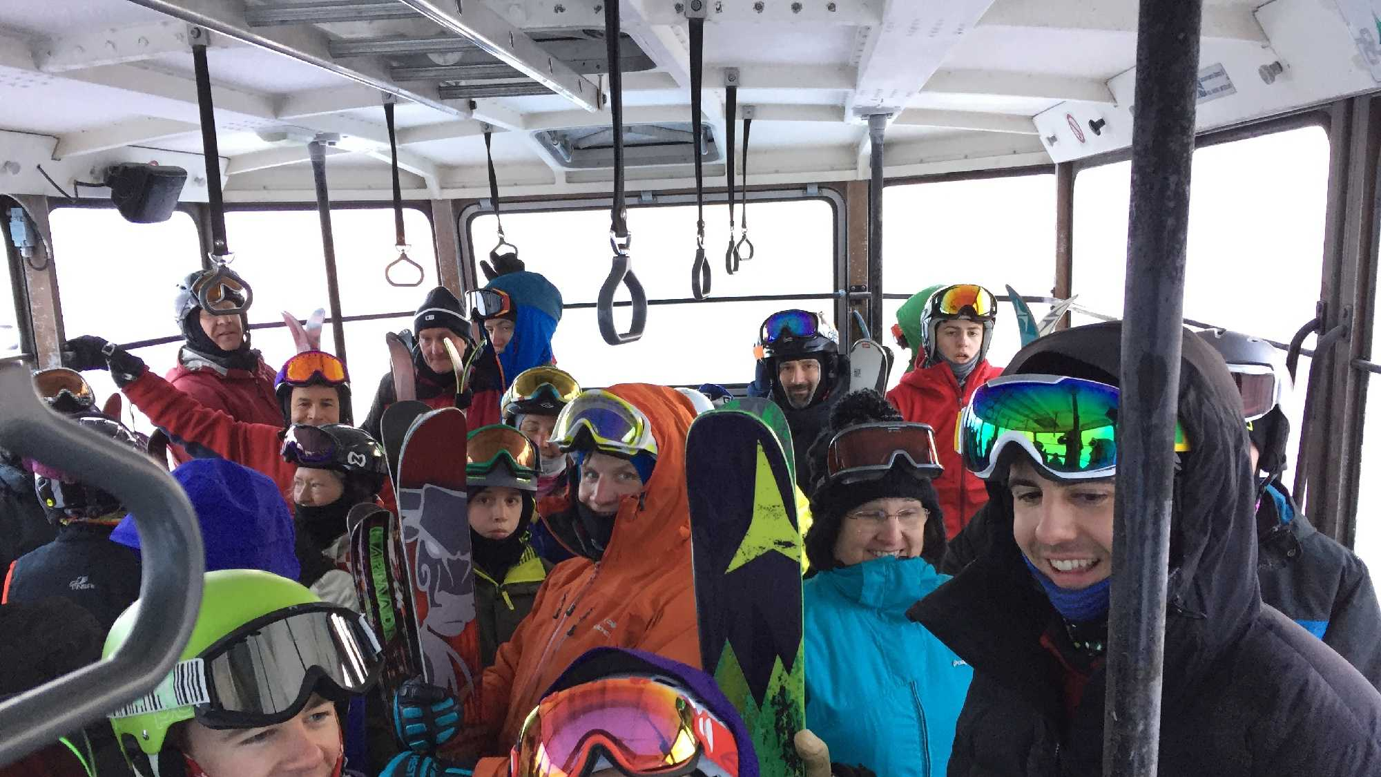 Inside Cannon Mountain stuck tram 0214.JPG