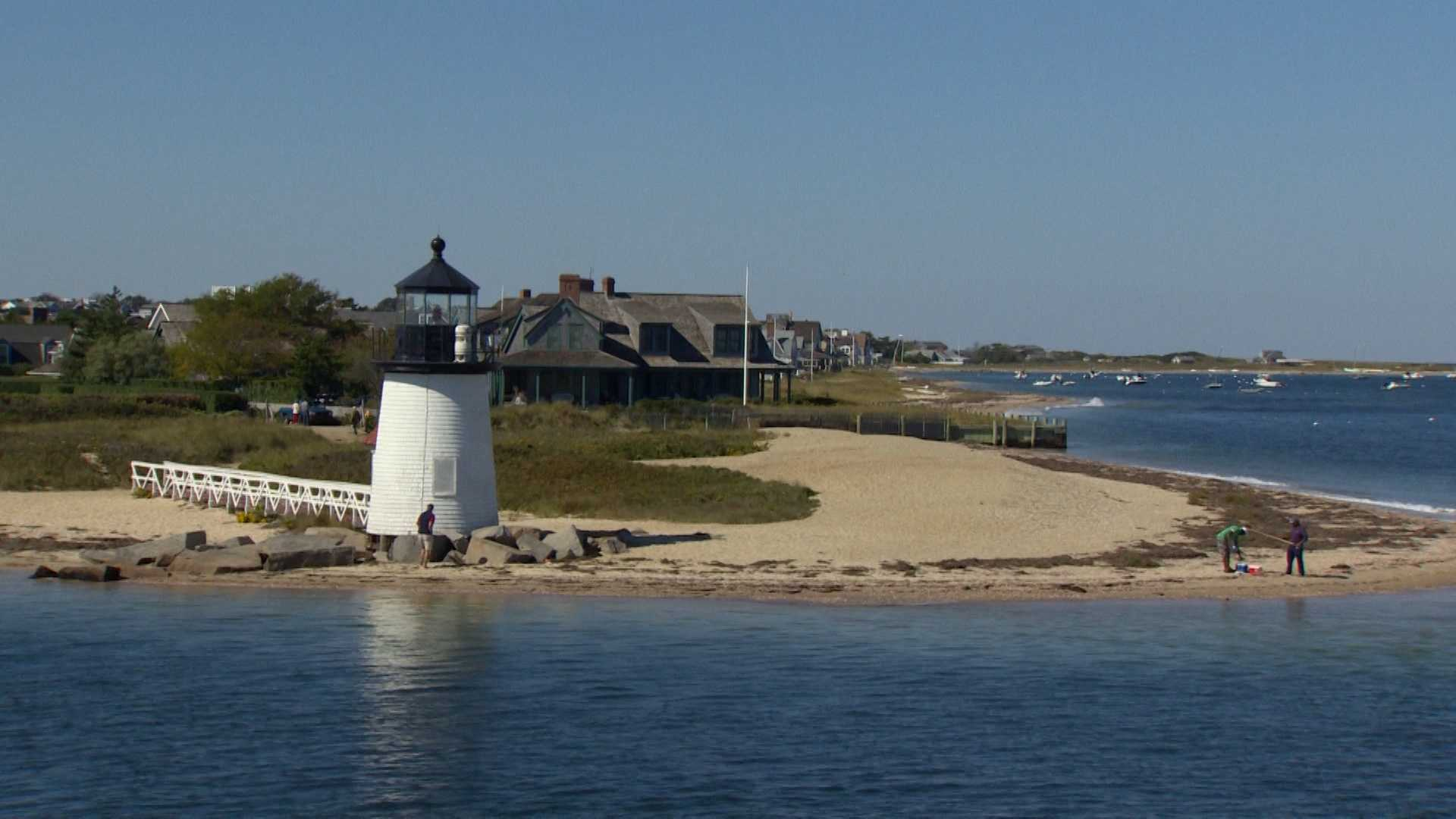 Monday, October 3: Main Streets and Back Roads: Nantucket