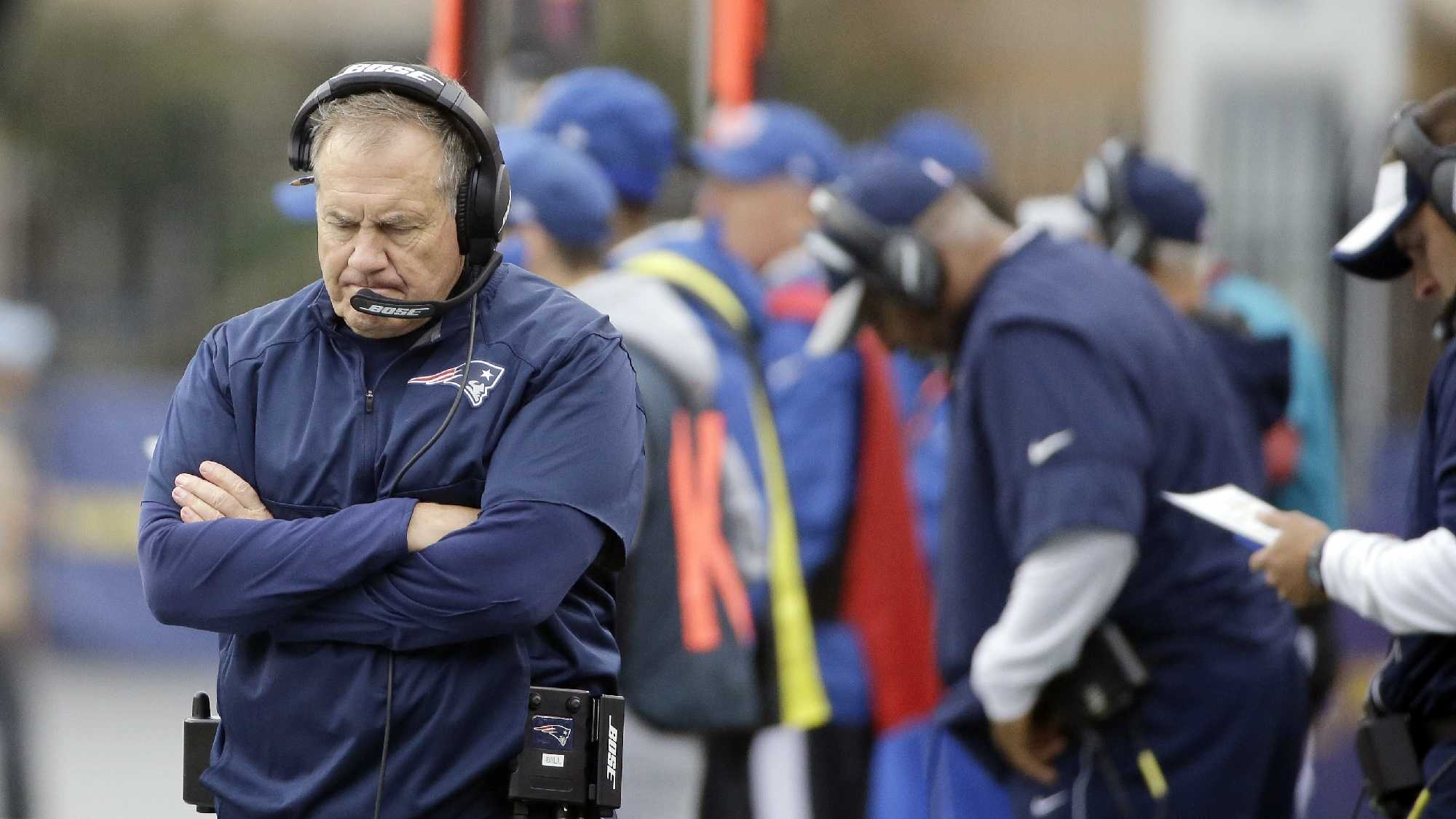 Bill Belichick disappointed AP 1002.jpg