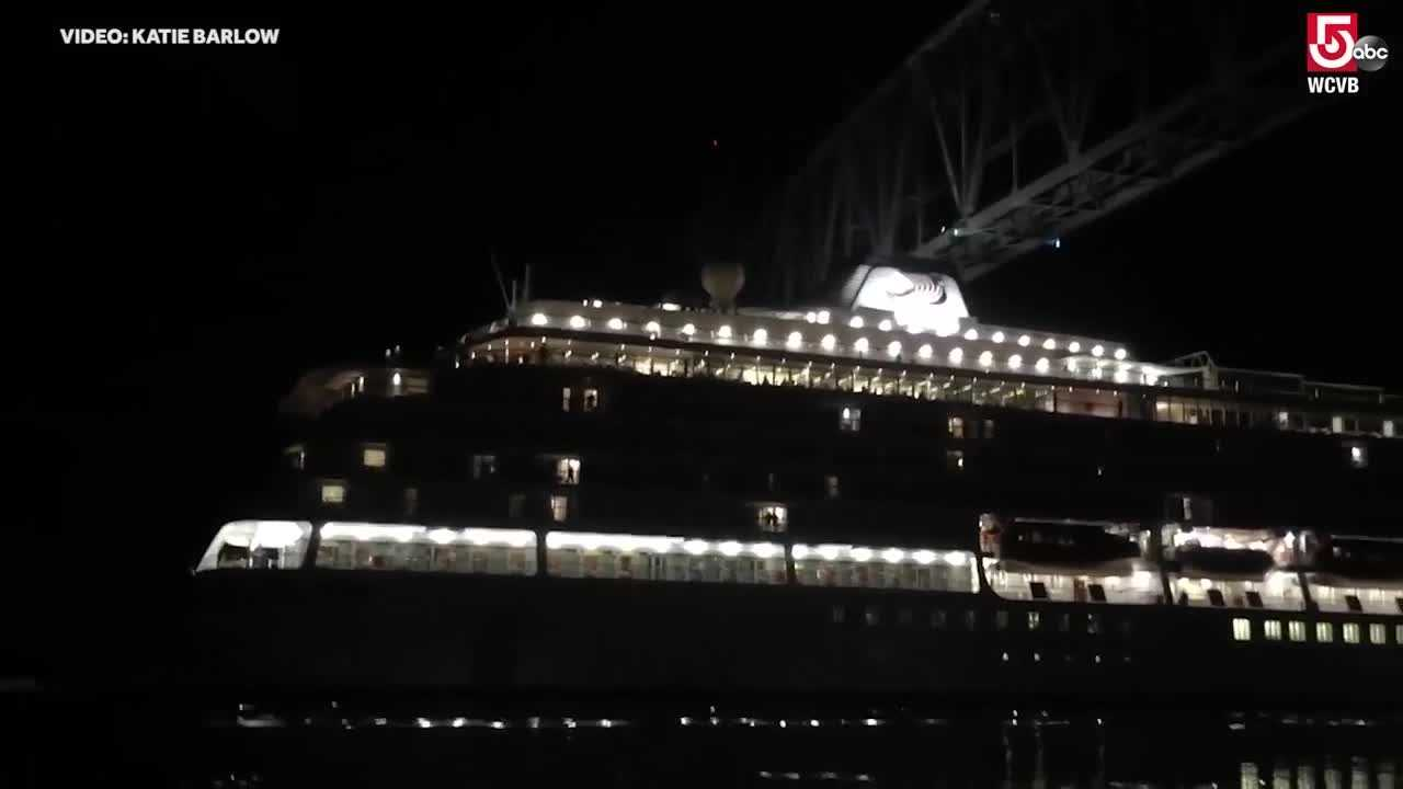 Cruise ship scrapes bridge