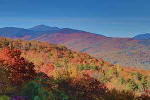 The road provides several parking areas, and stunning views of the White Mountains and Mount Washington Valley.