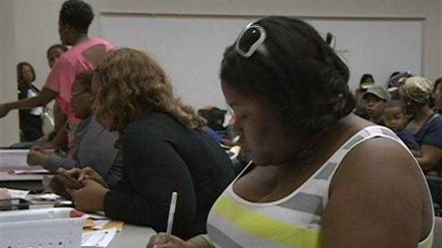 State Begins taking School Voucher Applications - 30648837