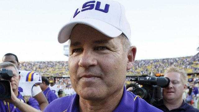 LSU football coach Les Miles - 25274970