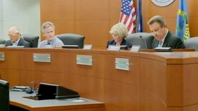 The Jefferson Parish Housing Authority board meets in an August 2012 session.