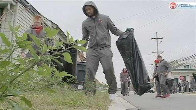 Sugar Bowl players clean up Lower Ninth Ward