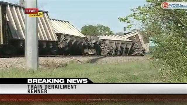 Train derail.jpg