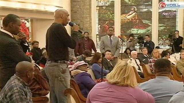 Mayor meets with community to discuss NOPD racial profiling