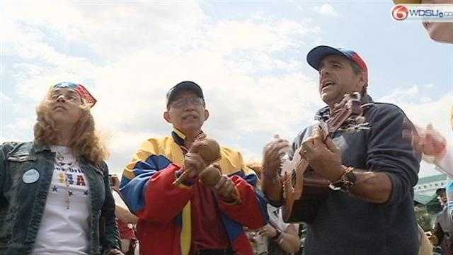 Thousands of determined Venezuelan voters came to Kenner Sunday