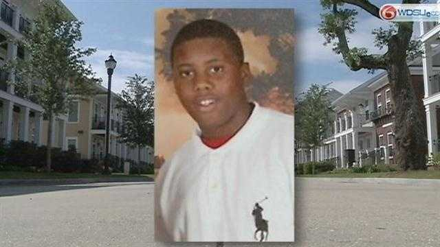 Family laments stabbing death of teen