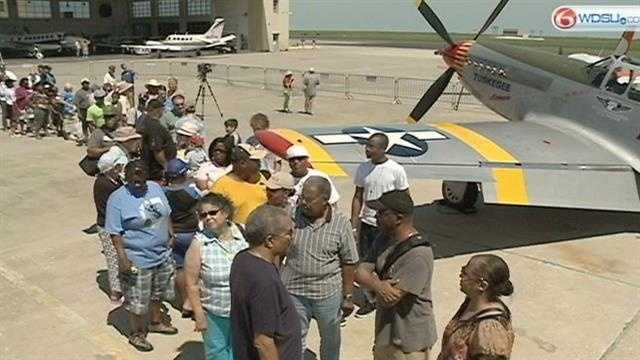 Hundreds gathered to recognize Tuskegee Airmen Saturday