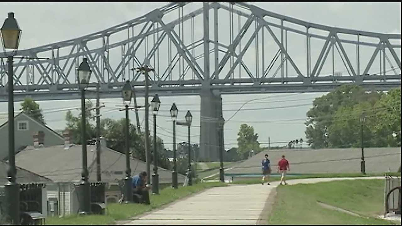 Progress shown in expansion of new levee walk and bike path in Algiers