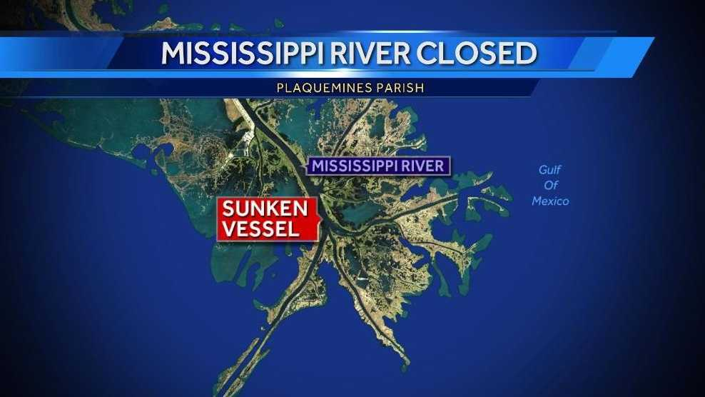 Part of Missississippi River closed after tug boat sinks