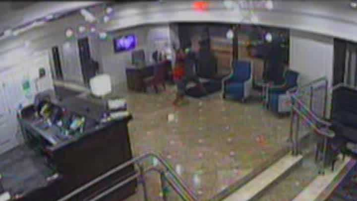 Graphic: Surveillance video captures aggravated kdinapping