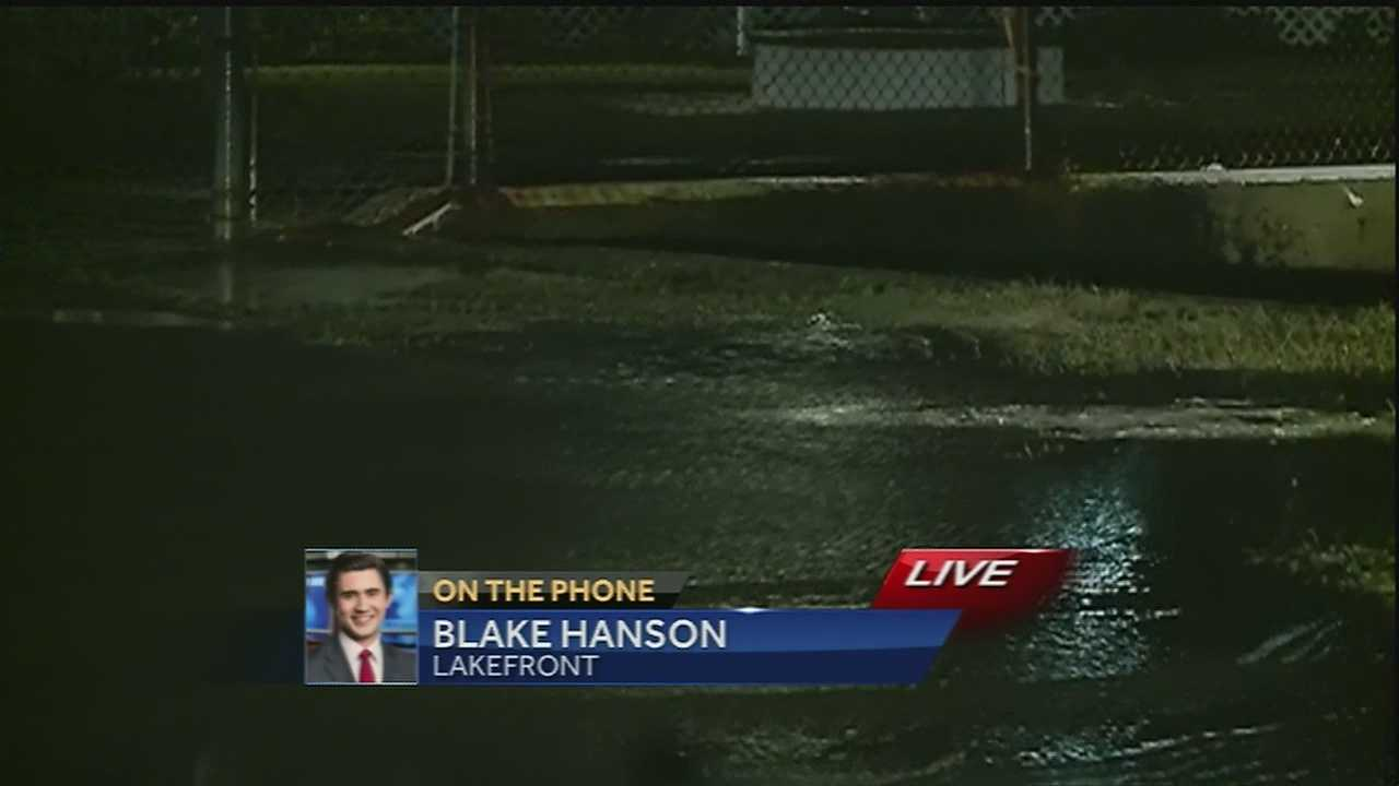 Some areas see minor flooding after rainy night