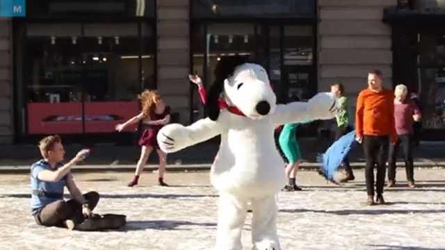 Charlie Brown flash mob