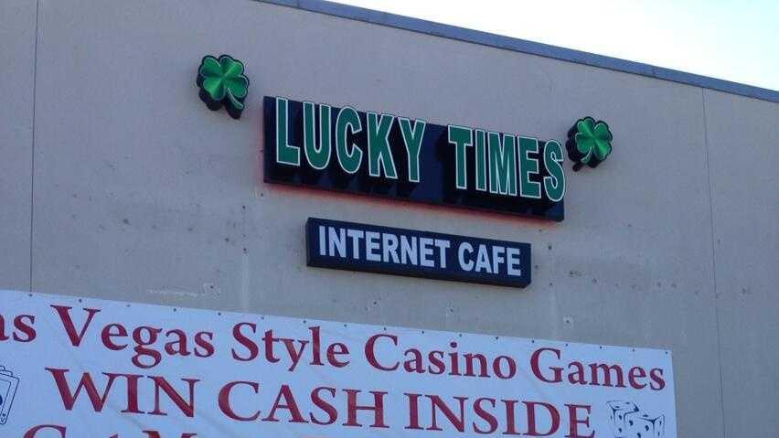 Internet Cafe Gretna 010814.jpg