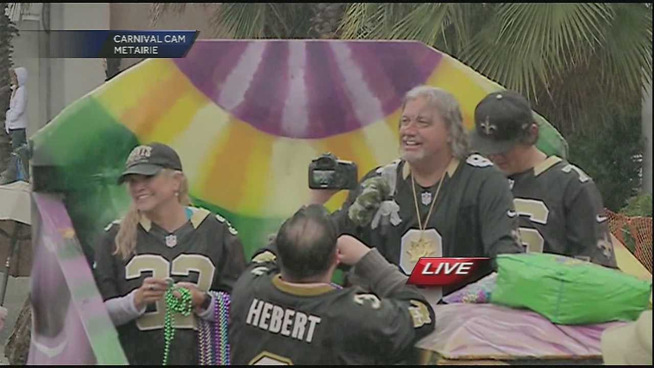 Saints' defensive coordinator dons a No. 9 Drew Brees jersey as he rolls through the streets of Metairie.