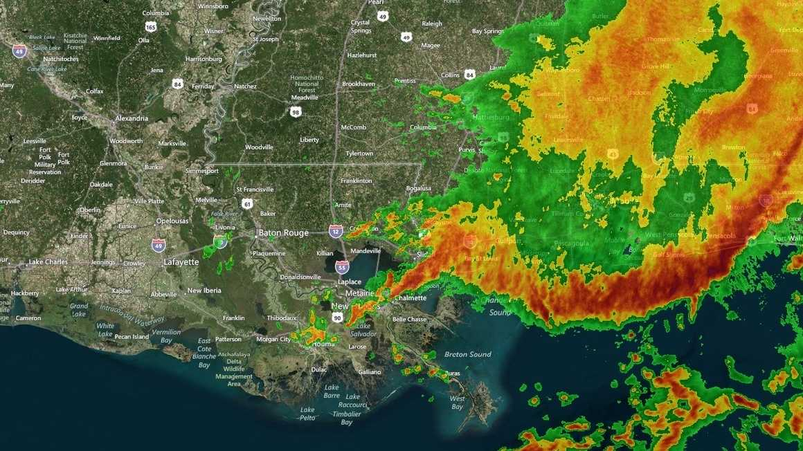 The National Weather Service issued a flash flood warning for Orleans, St. Bernard parishes in southeast Louisiana. The warning will last until noon. Take a look at our hour-by-hour slideshow to follow and track the storms.