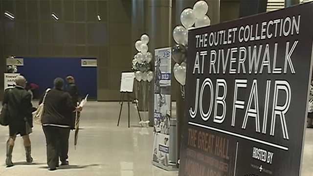 Job fair aims to fill hundreds of positions for new Riverwalk outlet mall