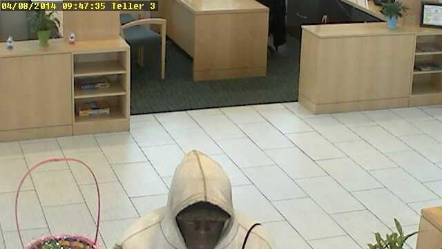 Bank Robbery suspect April 8, 2014.jpg