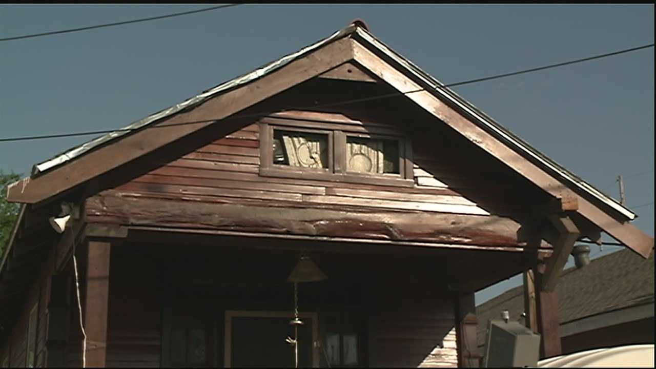 Hoarding Battle Continues in Mid-City