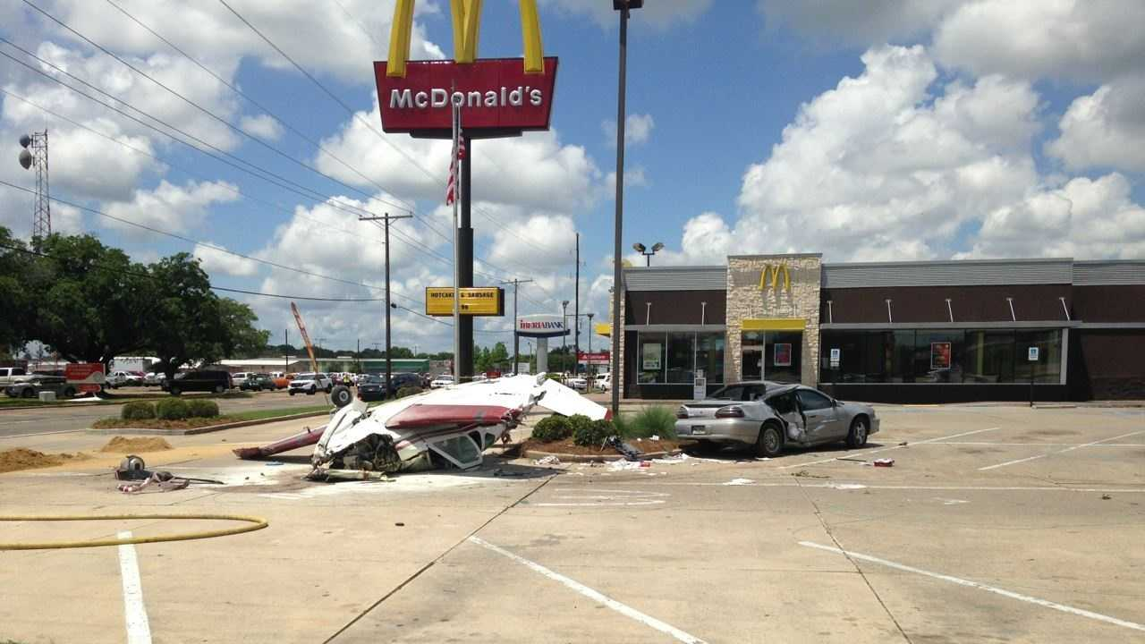 A small plane crashed in Ouachita Parish, narrowly missing a McDonald's Restaurant.