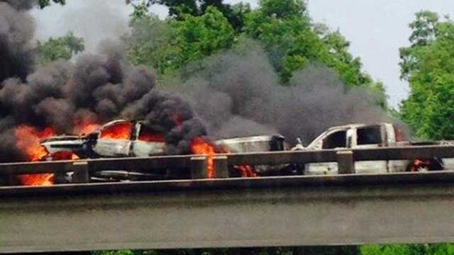 Fiery crash closes Interstate 10