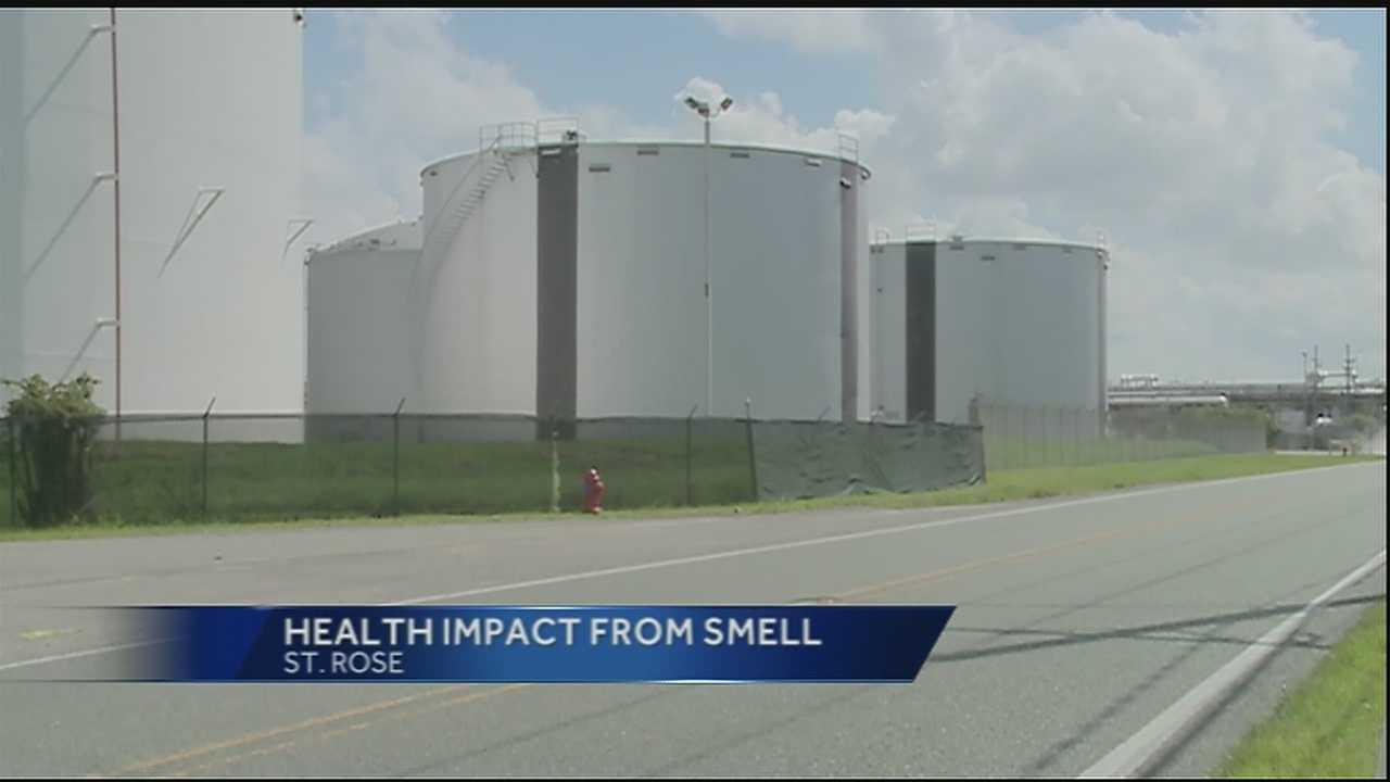 St. Rose residents take smelly odor concerns to governor