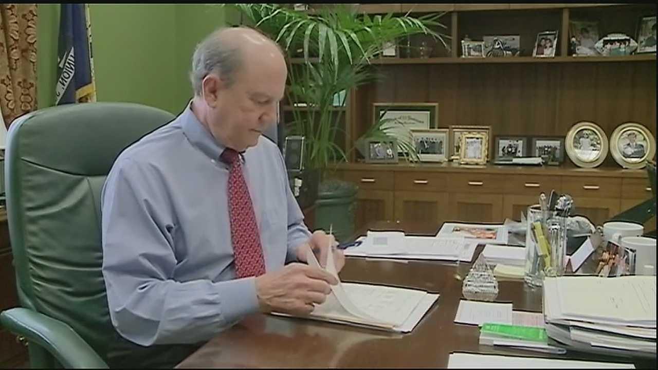 Embattled DA Walter Reed won't seek re-election