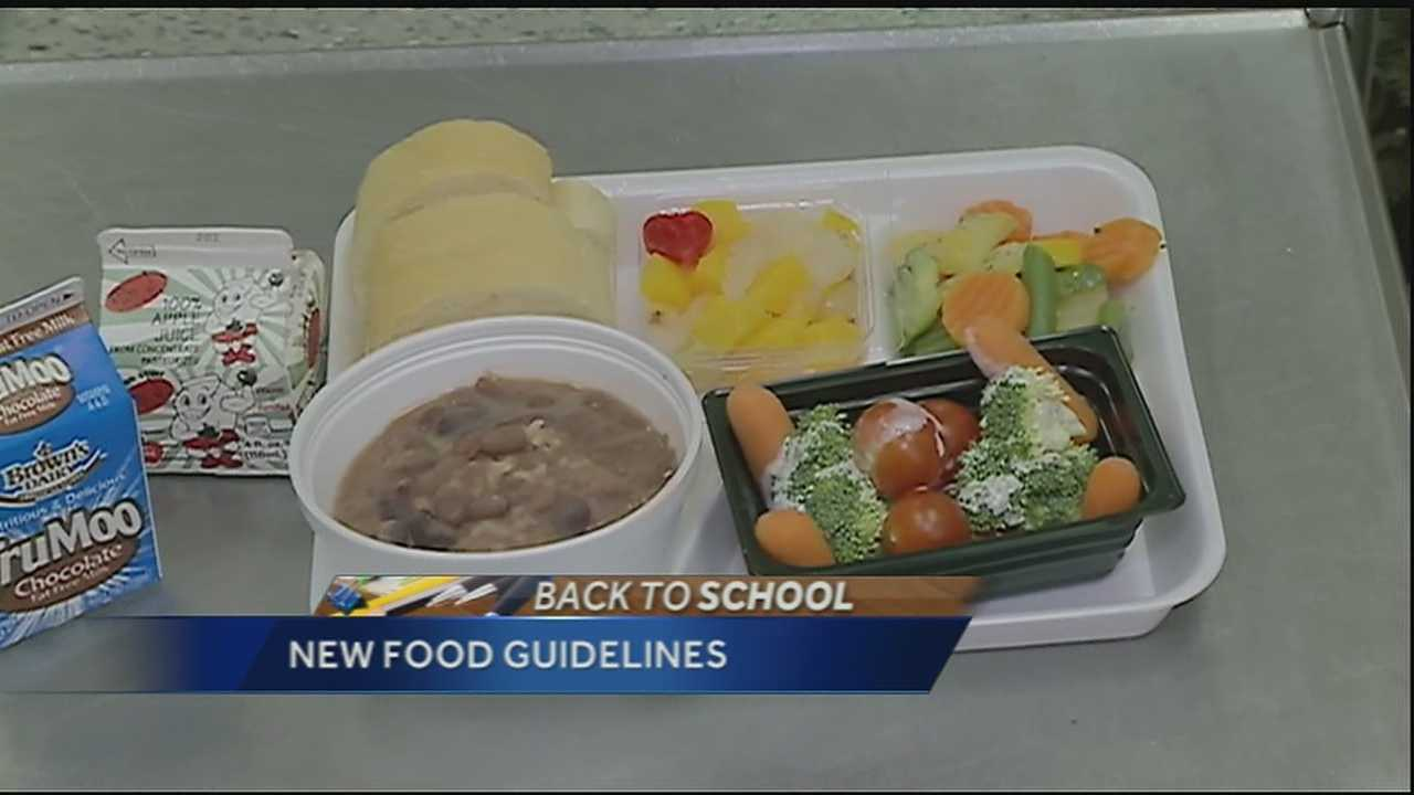 Fewer students eating school lunch after change to federal guidelines