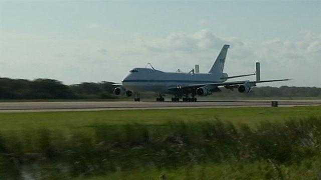 NASA prepares to move Endeavour