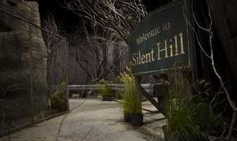 Take a look around the new Welcome to Silent Hill haunted maze at Universal Orlando's Halloween Horror Nights. (Click here for a video tour)