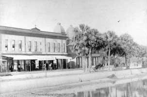 1908: The Atlantic Building on South Beach Street