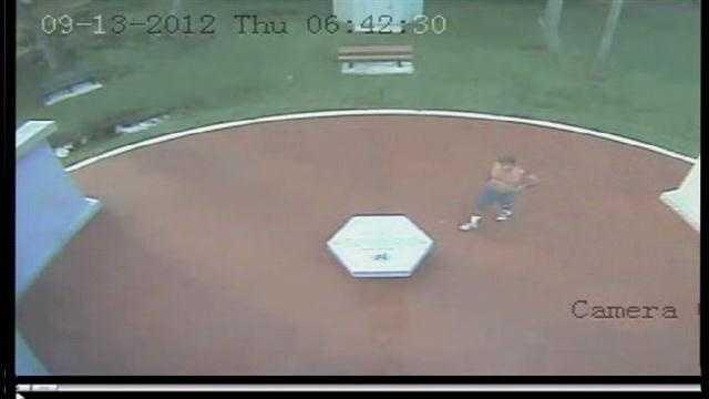 Raw Video: Police investigate Leesburg memorial vandalism (Part 1)