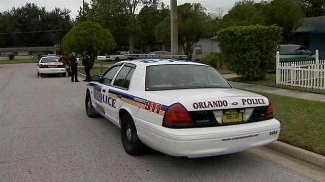Invaders pistol-whip Orlando man, steal car