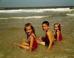 1962: Boy - James, Girl - Lisa