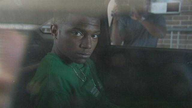 Deputies: Robbery suspects nabbed near school