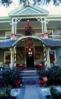 1996: A house on Amelia Island decorated for the holidays.