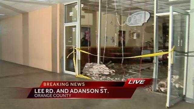 Car crashes into restaurant