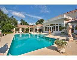 The pool area is wonderful for entertaining and has a tranquil, Mediterranean feel to it.