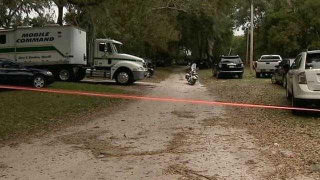 Deputy shoots suspect