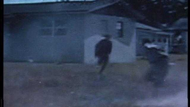 Raw video: Suspects take off running from moving car