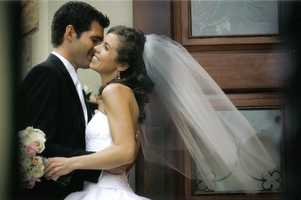 Jason met his wife, Carissa, in Los Angeles while working in reality TV, and they were married in 2007 in Philadelphia.Jason was working at a TV station in Richmond, Virginia at the time, but his wife wanted a fall wedding in the Northeast near her family's home in Pennsylvania. Their reception was at the Pen Ryn Mansion on the banks of the Delaware River.