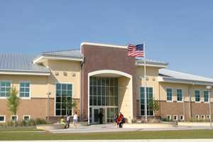 Daytona State College has a little over 18,000 students enrolled, with the majority being part-time students.