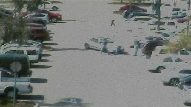 Citizen shotoer faces charges in Walmart theft