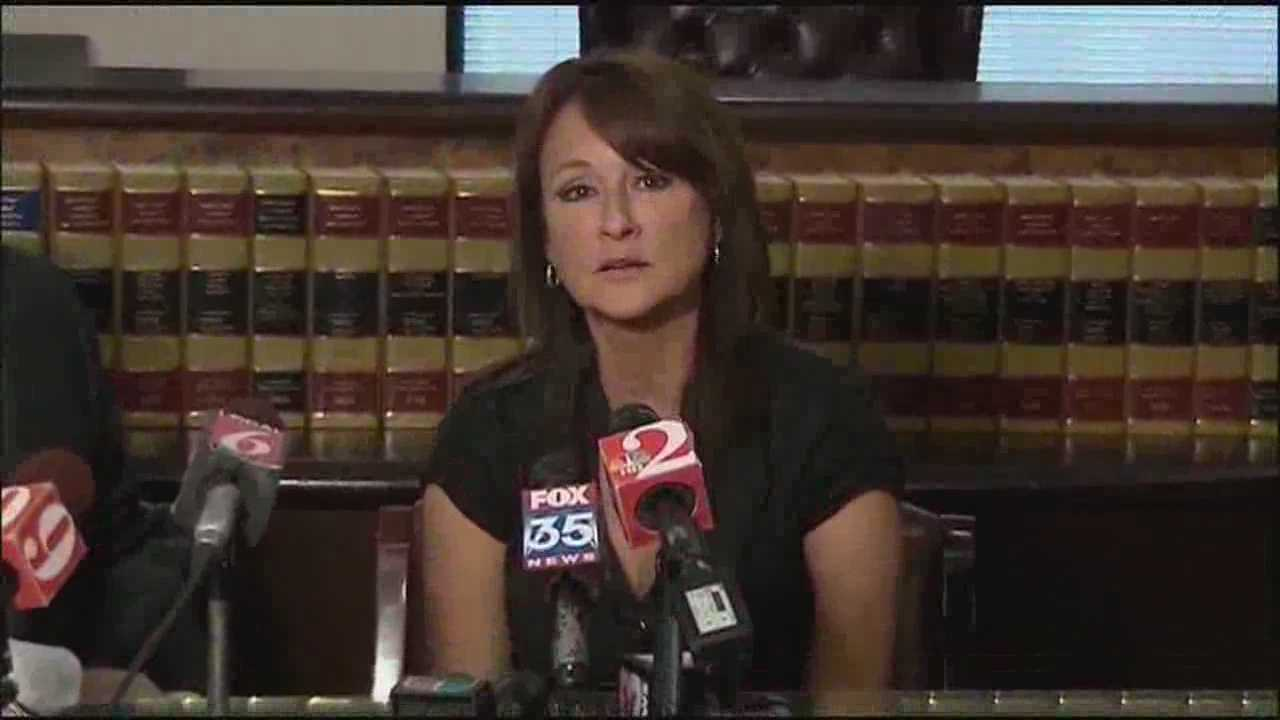 Michelle Parker's mother wants answers from Dale Smith